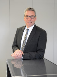 Wolfgang Schneider, Geschäftsführer
